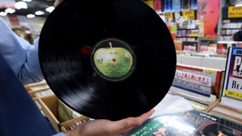 Из сельского дома утащили коллекцию Beatles на $45 000