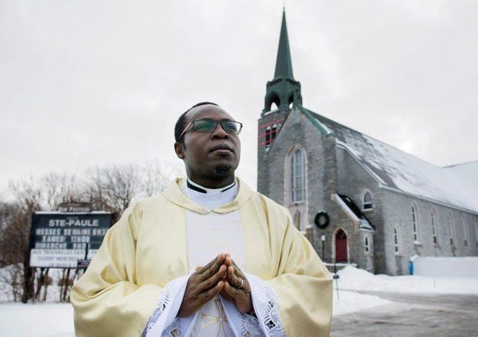 Католики Монреаля сами решат, какую церковь закрыть