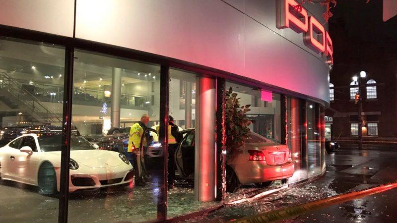 Взявший на абордаж дилерский магазин Porsche водитель арестован