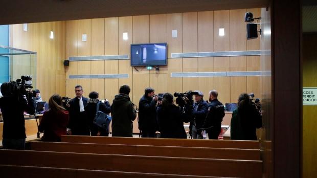 В Париже начался процесс по делу об изнасиловании канадки