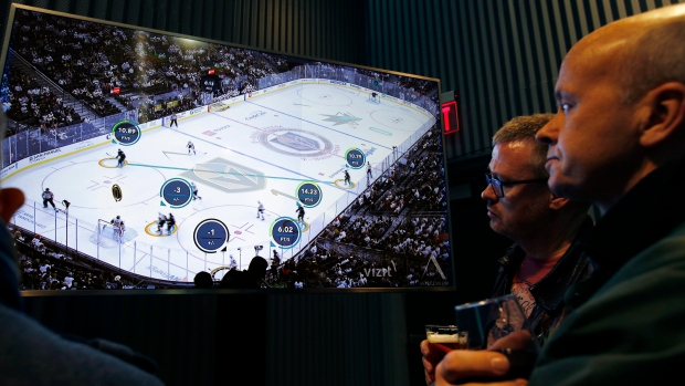 Компьютерные чипы в шайбах НХЛ