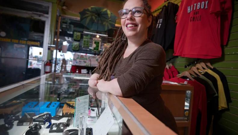 Нелегальные магазины с марихуаной трудно закрыть?
