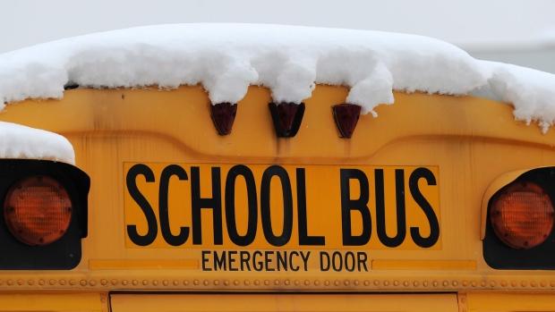 Школьные автобусы в Дурэме отменили из-за морозов