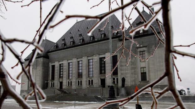 Верховный суд: голосовать могут и живущие за границей канадцы