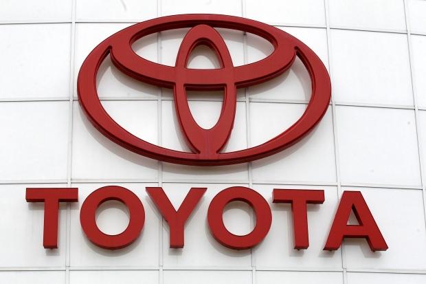 Toyota отзывает на ремонт подушек безопасности