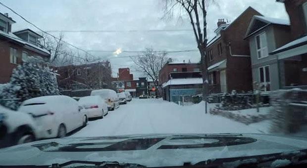 Снегопад и мороз в Торонто