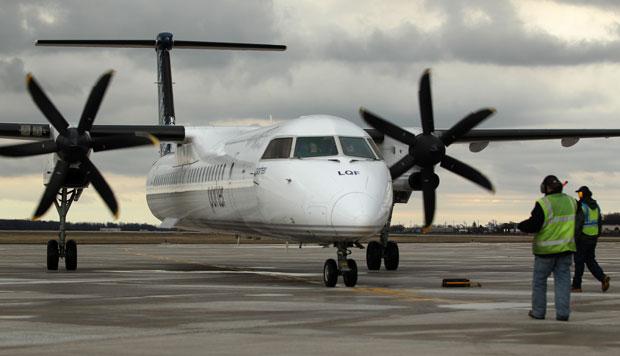 Из-за отказа двигателя самолет Porter приземлился в Пенсильвании вместо Торонто