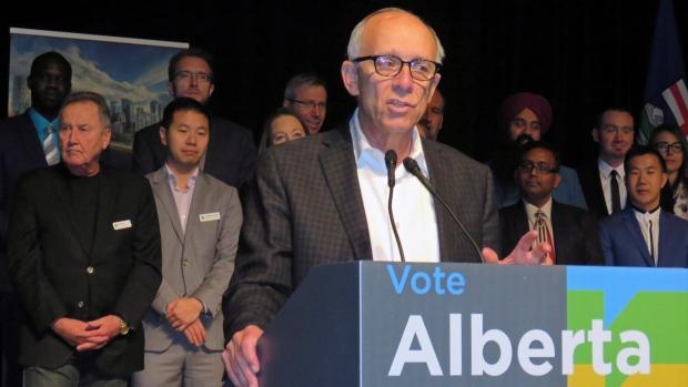 Избирком Альберты дисквалифицировал кандидата в депутаты