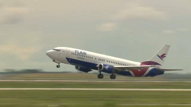 Flair Airlines отменяет рейсы во Флориду