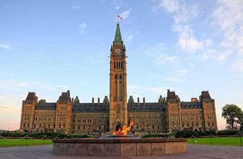 Трюдо готовит перестановки в кабинете министров Канады