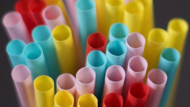 Онтарио отрывает дискуссию по сокращению объемов пластикового мусора