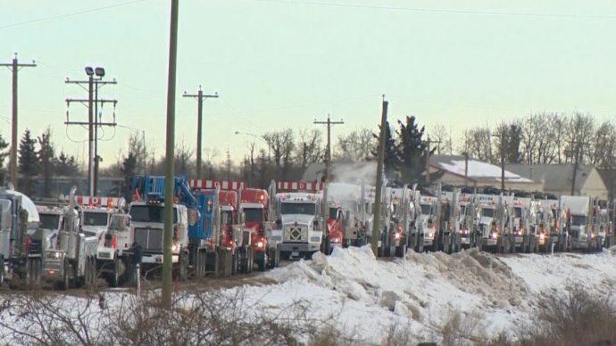 Канадские дальнобойщики переоденутся в Оттаве в желтые жилеты