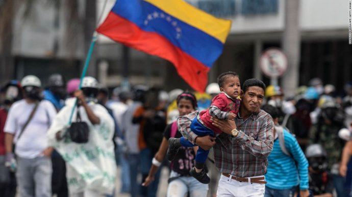 Канадцев просят не ездить в Венесуэлу