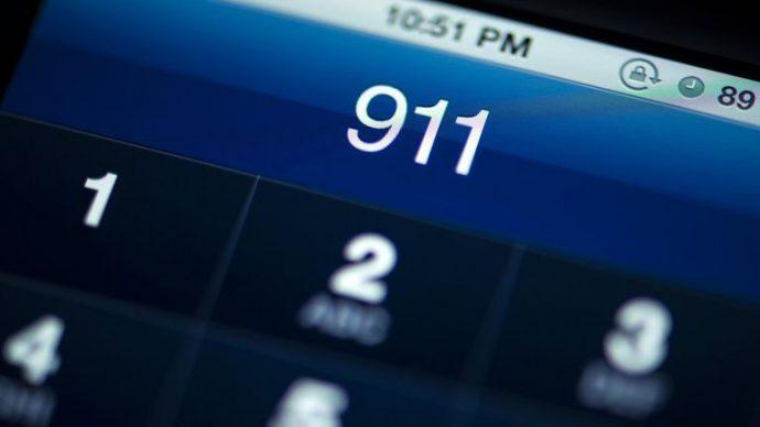 Два ареста случайно набравших номер службы спасения