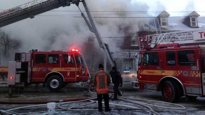 В центре Торонто сгорел один из старейших парикмахерских салонов
