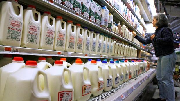В Онтарио угнали фуру с молоком