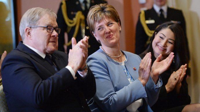 Три министра в канадском правительстве смении портфели