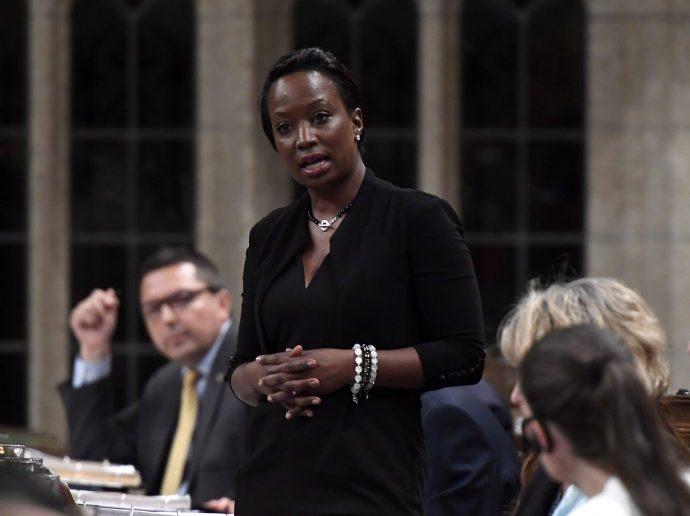 Депутат-либерал объявила о выходе из фракции