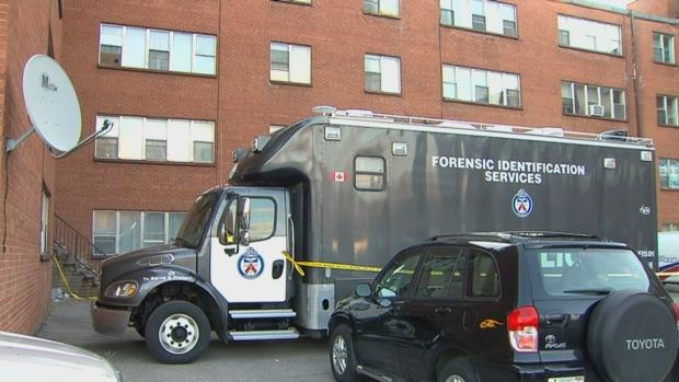 Убийство в Даунсвью, на севере Торонто