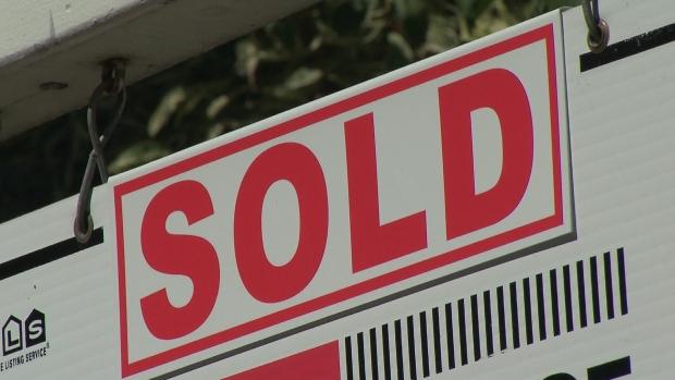 Рынок жилья: в феврале снижались и цены, и уровень продаж