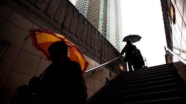 Не забывайте сегодня зонтик