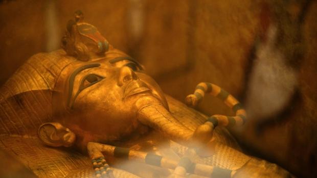 Канадская теория: перед Тутанхамоном Египтом правили две сестры