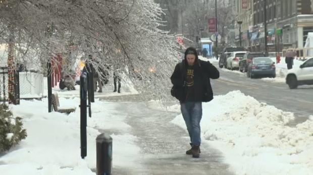 «Ледяной» дождь в Квебеке наделал бед