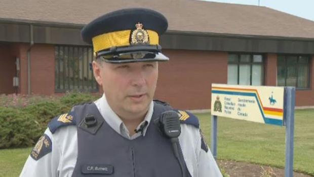 Офицер RCMP подменил кокаин и продал его
