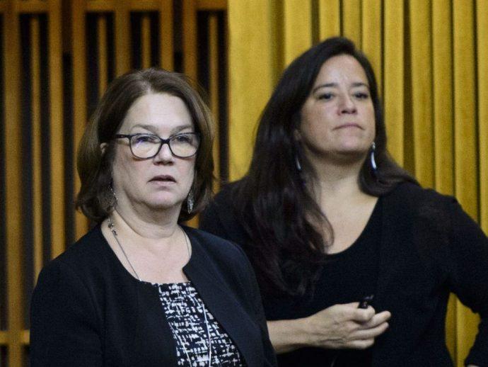 Члены либерального «райкома» Джейн Филпотт вышли в отставку