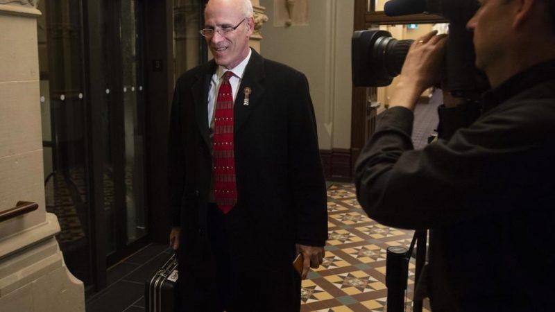 Верник, передавший генпрокурору «мнение премьер-министра», уходит в отставку