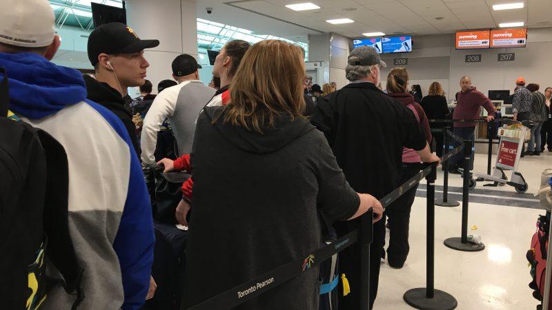 Авиакомпанию наказали штрафом за небрежение пассажирами