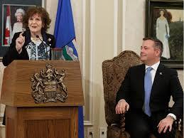 Тронная речь в Альберте: отмена «углеродного» налога