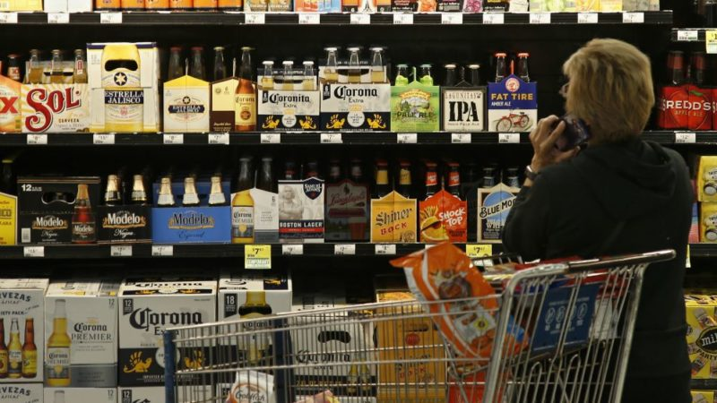 В Канаде много пьют и нюхают...