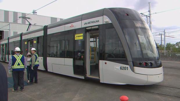 Новые вагоны «легкого метро» Торонто представили прессе