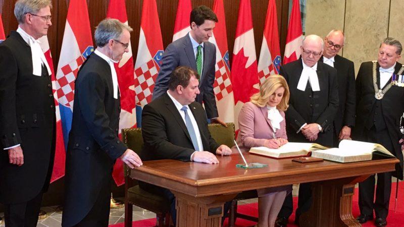 Президент Хорватии встретилась с живущими в Канаде соотечественниками