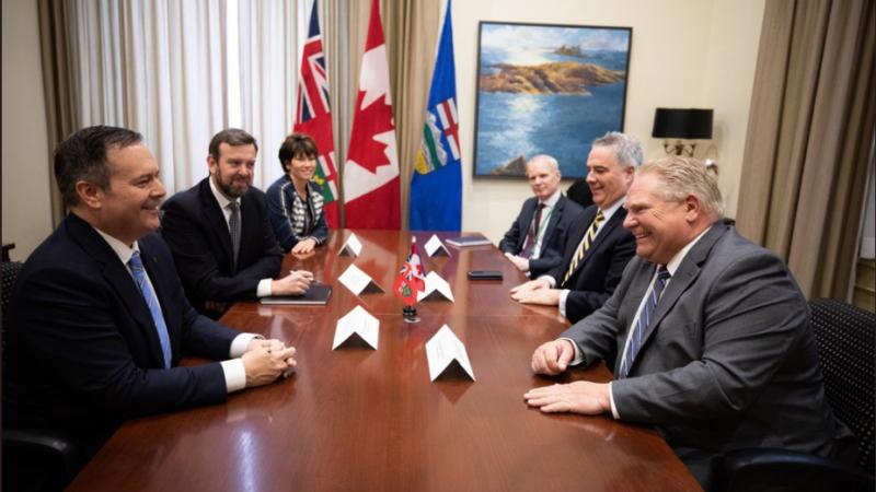 Главная тема встречи премьеров Альберты и Онтарио— углеродный налог