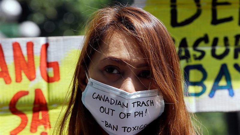 Филиппинский мусор едет домой в Канаду