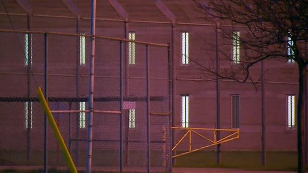 Передоз в тюрьме: пятерых откачивают, один скончался