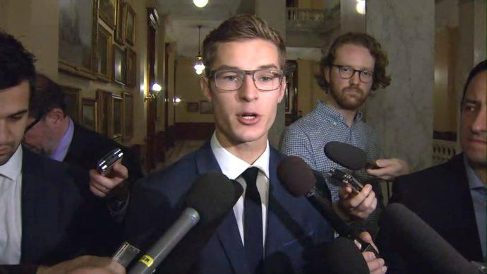 Премьер Онтарио не намерен вновь открывать дискуссию об абортах