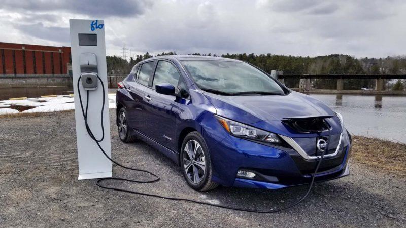 Сегодня электромобили стали чуть дешевле
