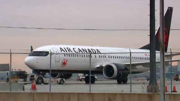 Air Canada: пассажирку забыли в самолете