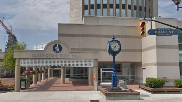 Город Берлингтон отдал полмиллиона долларов мошенникам