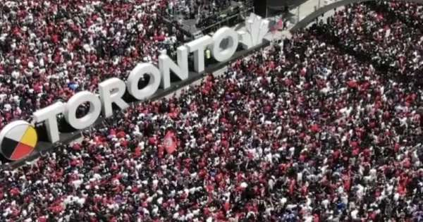 «Наглый дрон» над Торонто