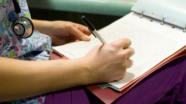 Медсестра в Квебеке 20 лет работала без лицензии