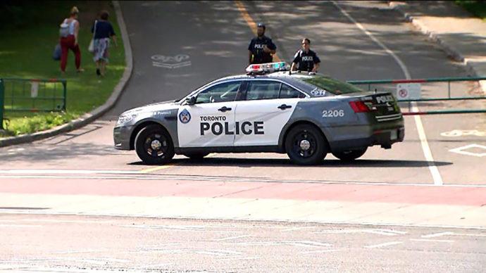 В торонтском Хай-парке видели вооруженного человека