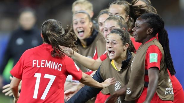 Сборная Канады— в 1/8 финала чемпионата мира по футболу