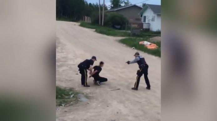 «Я тебя убью»,— говорил канадский полисмен подозреваемому