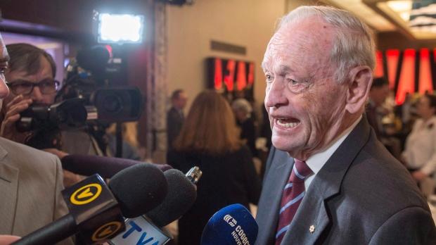 Бывший премьер-министр Канады попал в Гонконге в больницу