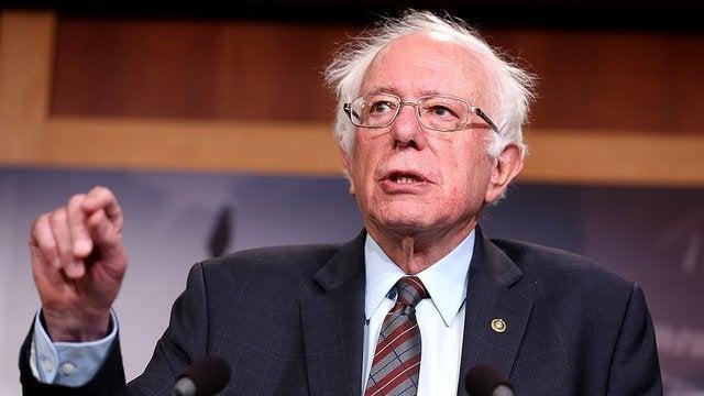 Сенатор Берни Сандерс едет в Канаду с «инсулиновым караваном»