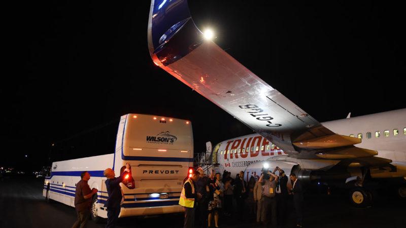 Самолет Трюдо получил повреждения в Ванкувере